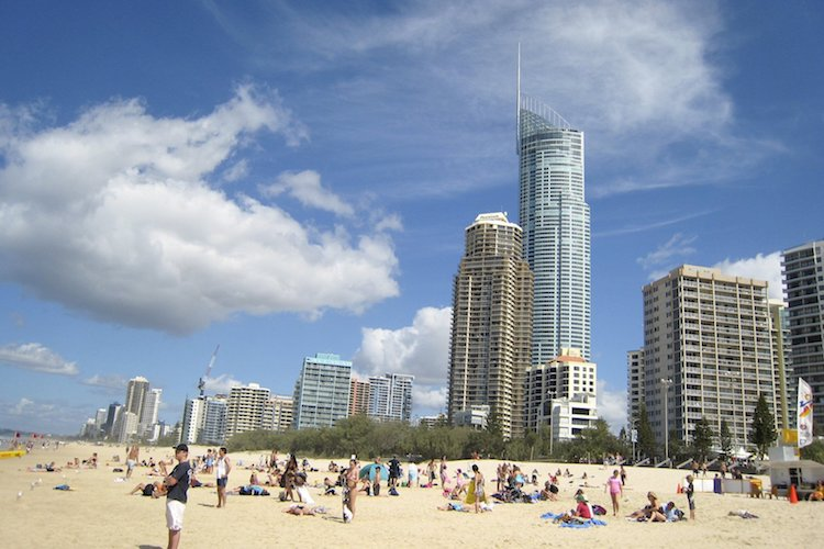 hashching_best_regions_to_buy_property_in_QLD - Gold Coast