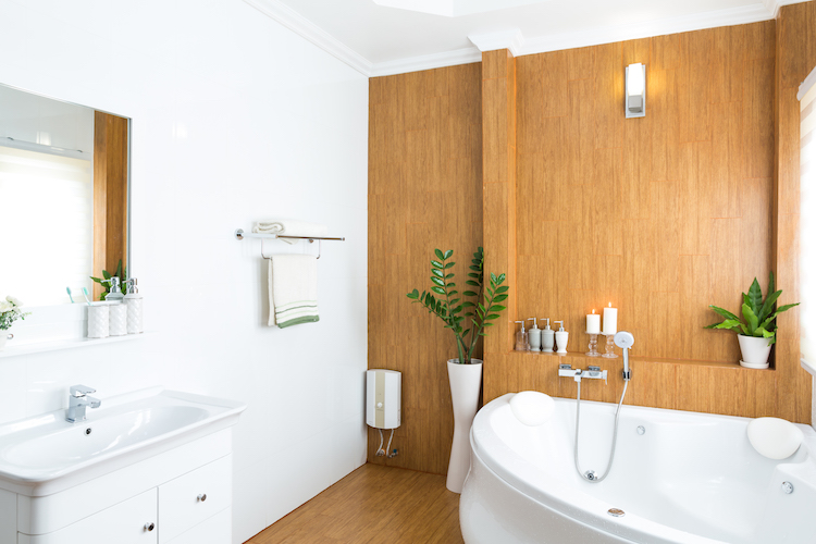 How to make a small bathroom look bigger?