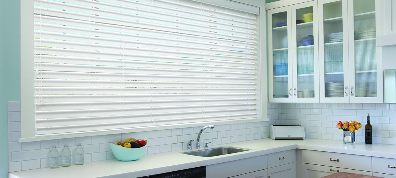 Luxaflex - Products - Shutters and Venetians - Country Woods Timber Venetians Banner image