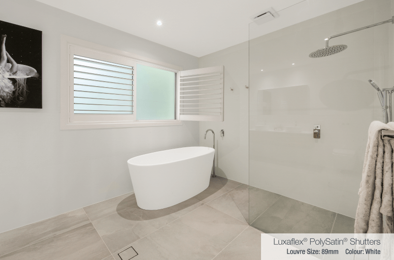 Luxaflex - Blog - Selling Houses Australia - S12 EP13 - Bathroom2 Main