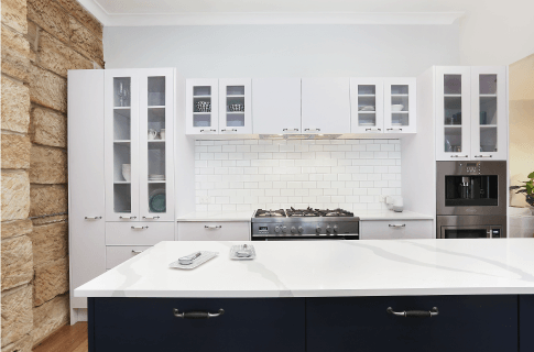 Luxaflex - Blog - Selling Houses Australia - S12 EP3 - Kitchen After