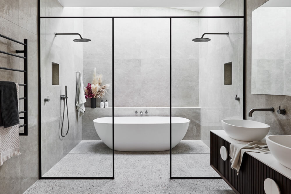 Luxaflex - Blog - Alisa & Lysandra Design Duo Series - Albert Park Project - EP4 - 3 MainBath1