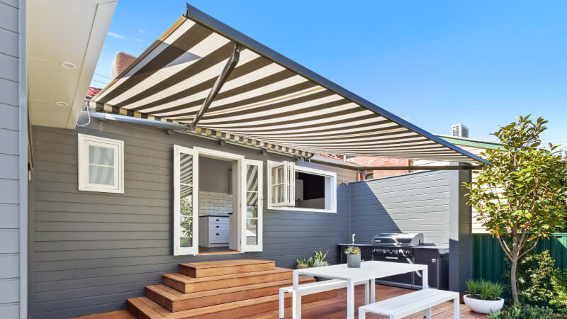 Luxaflex - Blog - Selling Houses Australia - S11 EP7 - Awning2 After