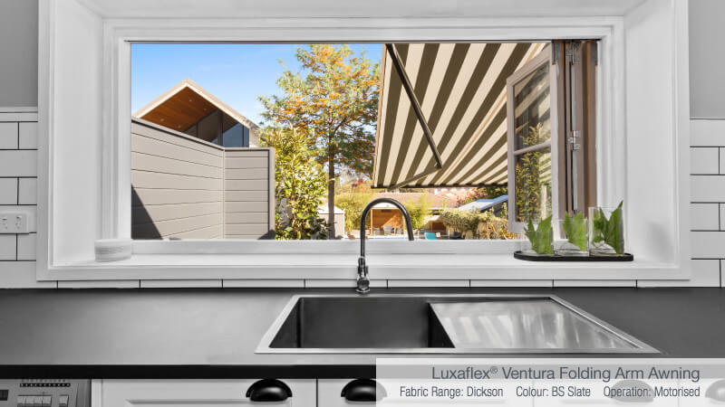 Luxaflex - Blog - Selling Houses Australia - S11 EP7 - Kitchen Awning After