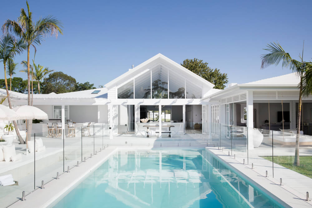 Luxaflex - Blog - Three Birds Renovations House 8 - 26 Pool