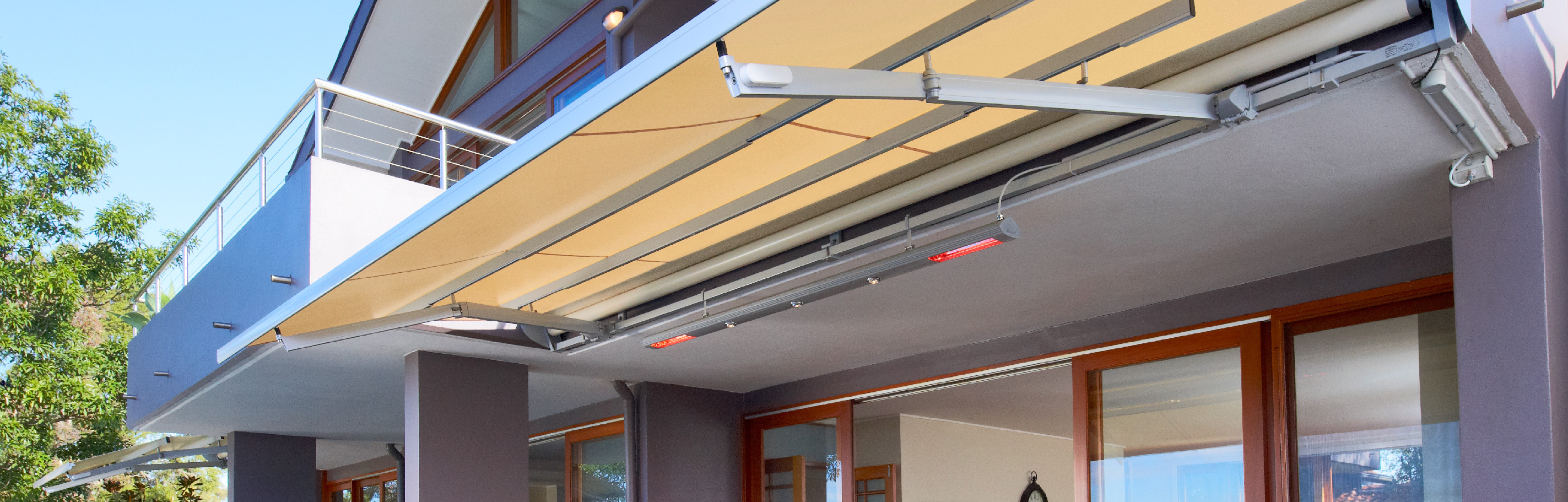Luxaflex - Products - External Collection - Folding Arm Awnings Bottom
