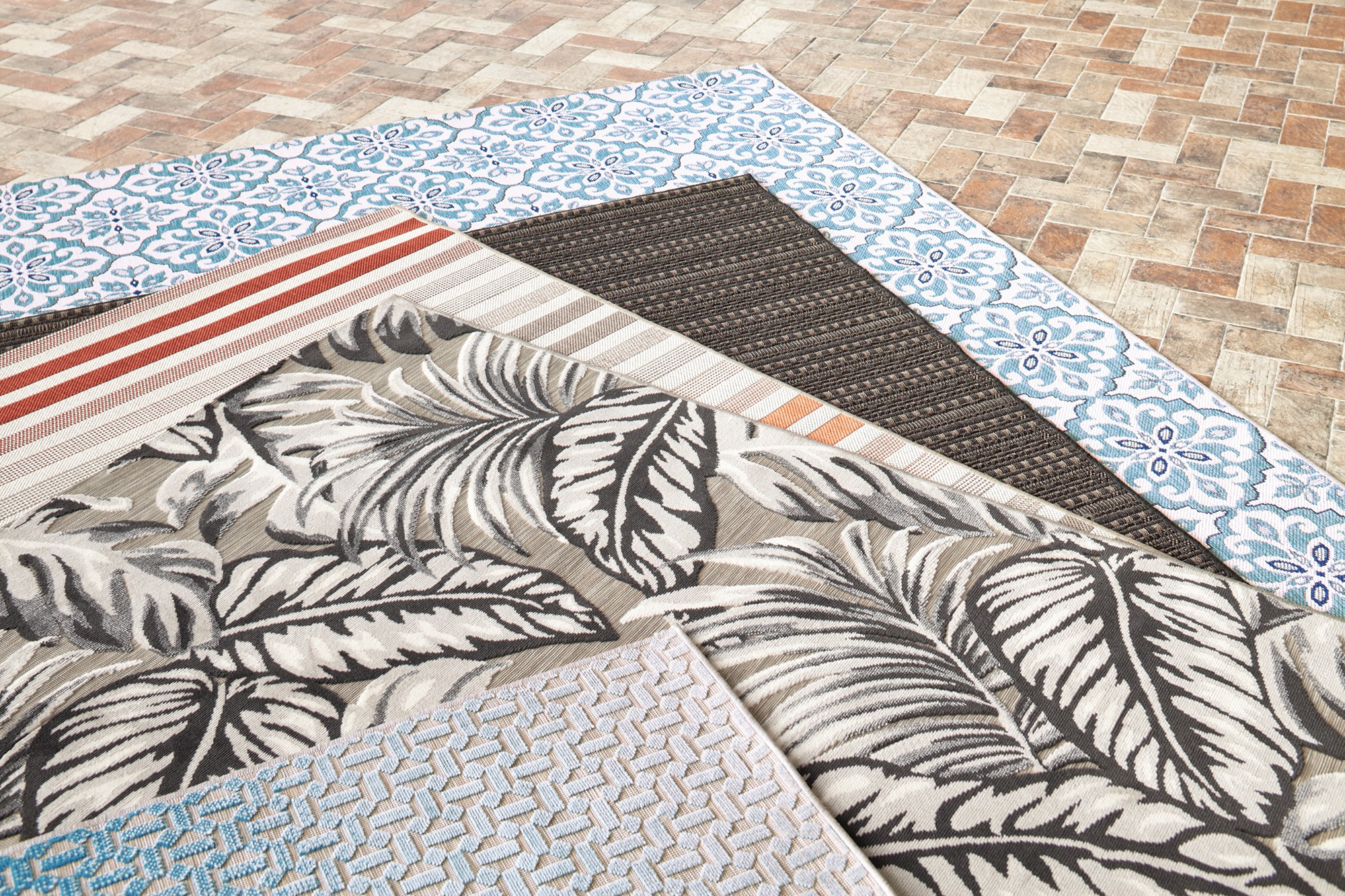 Outdoor Rugs at Harvey Norman