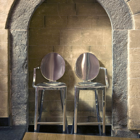 The Design Of A Seaworthy Chair For Military Use In Navy Submarines And  Warships Was The Starting Point For The Emeco Company. The 1006, Also Known  As The ...