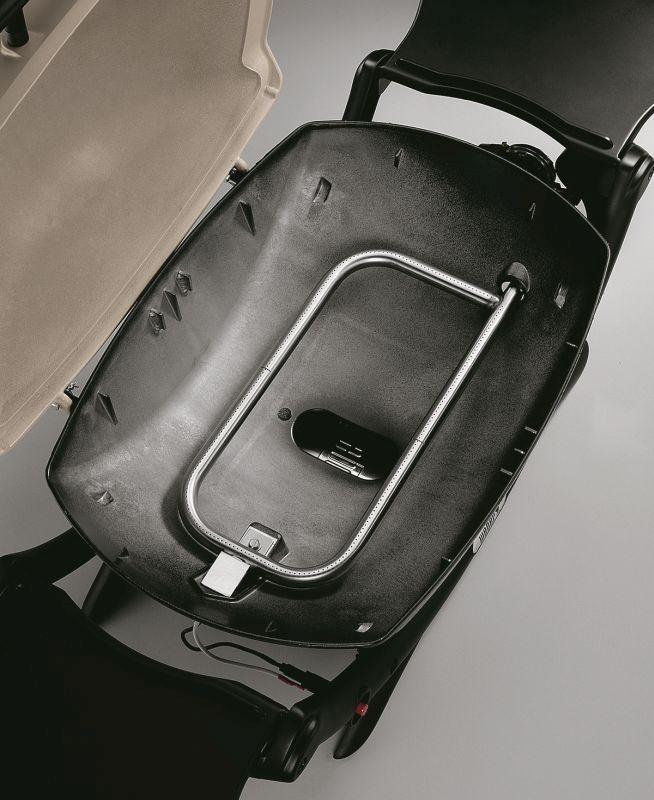 Weber Q2000 LP Titanium BBQ
