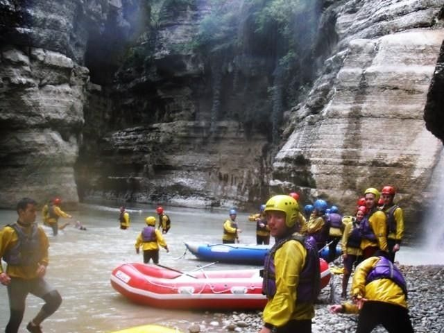 illustration of Rafting Osum River #4