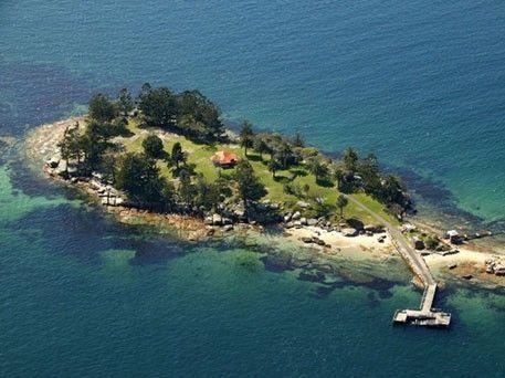 illustration of Sydney Harbour Islands #2