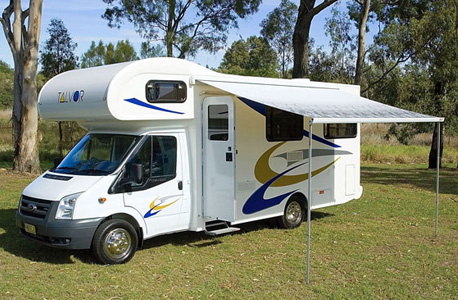 Go Cheap Motorhomes Discovery berth for hire