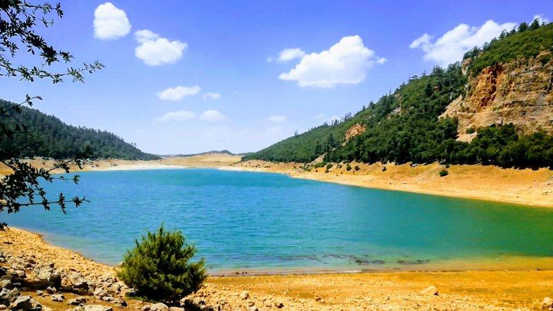 Lake Aguelmam Azegza