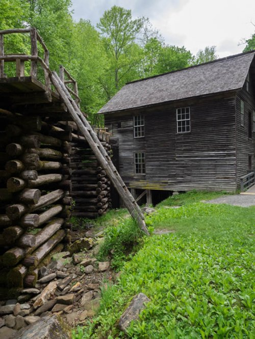 NC Side of Mingus Mill