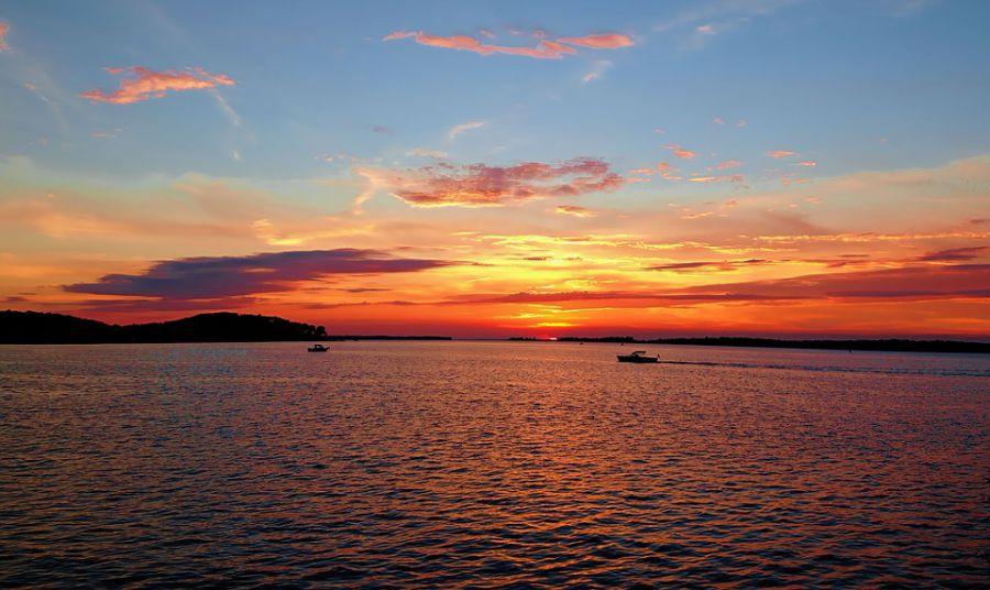 Sunset along the Bay