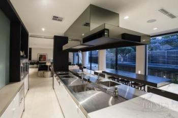 Resort-style home in Perth by Leon House