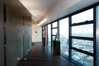 Contemporary penthouse apartment in Eureka Tower