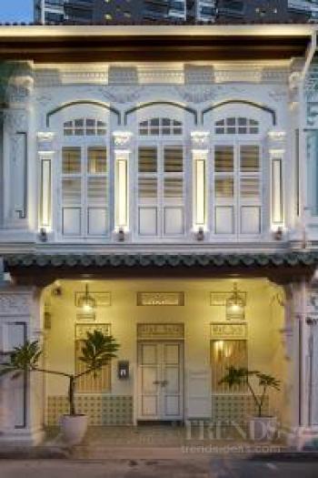 Singapore shophouse with contemporary interior renovation