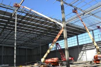 JPL Group Distribution Centre by Tse Architects streamlines storage and distribution