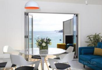Interior refit of Bayleys Waiheke office by Yellowfox and Sheffield Construction