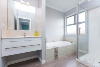 Award-winning contemporary 4-bedroom home by Fowler Homes Manawatu