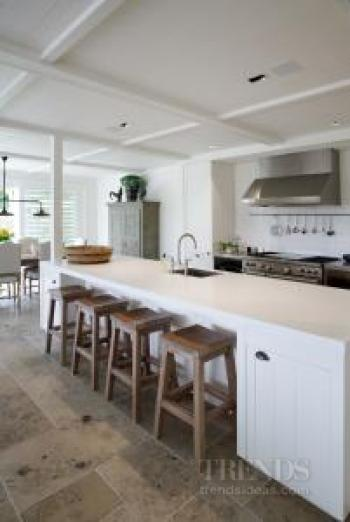 upmarket renovation of large home by Glover Homes and artisans and suppliers