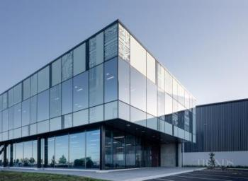 A new office and factory for Metro Performance Glass showcases specialist glass solutions
