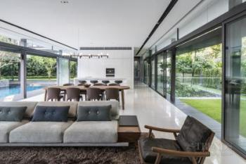 Family home designed to clearly separate private and public areas
