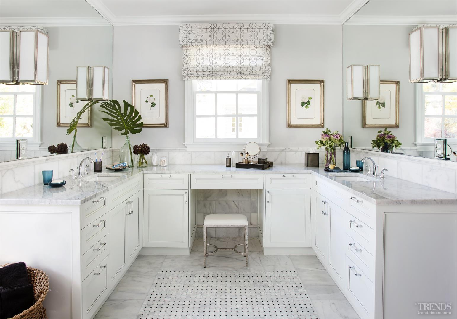 Traditional white bathroom with carrara marble vanity tops for Carrera bathroom ideas