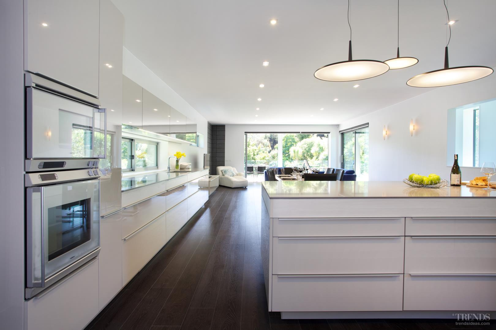 modern poggenpohl kitchen in beach house with lacquered