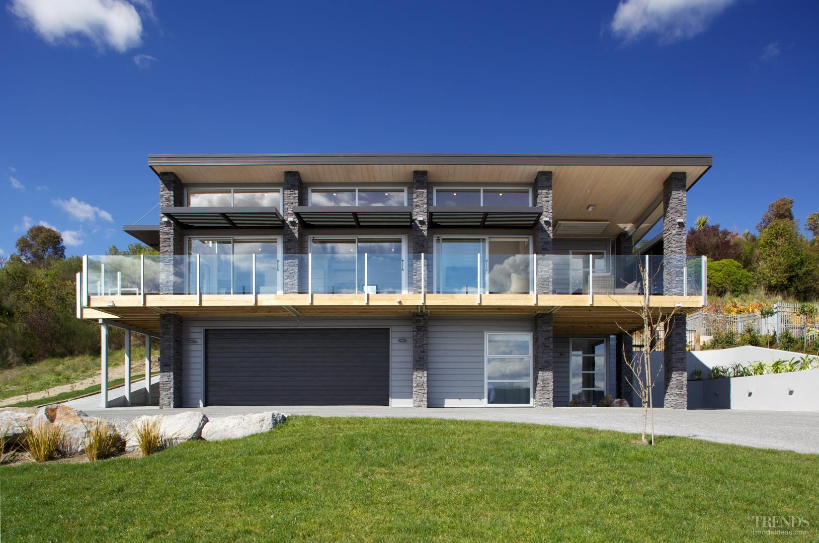Design And Build Lockwood Home In Kinloch Lake Taupo With