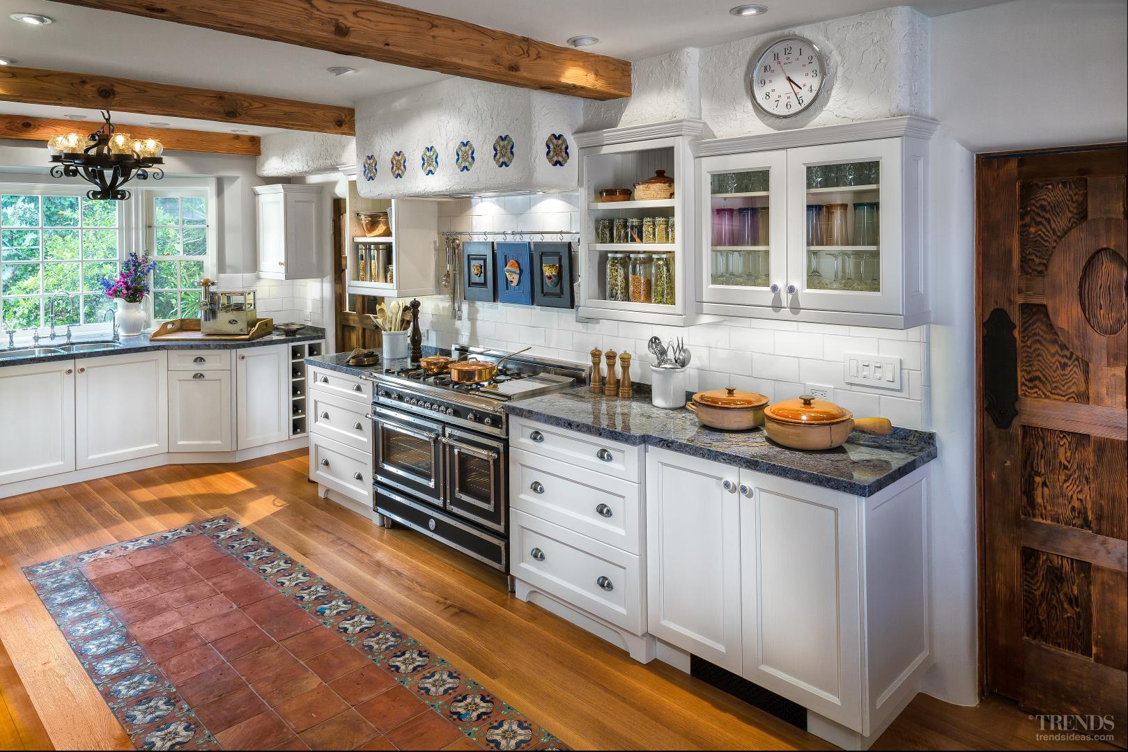 Mediterranean-style Kitchen With Transitional White