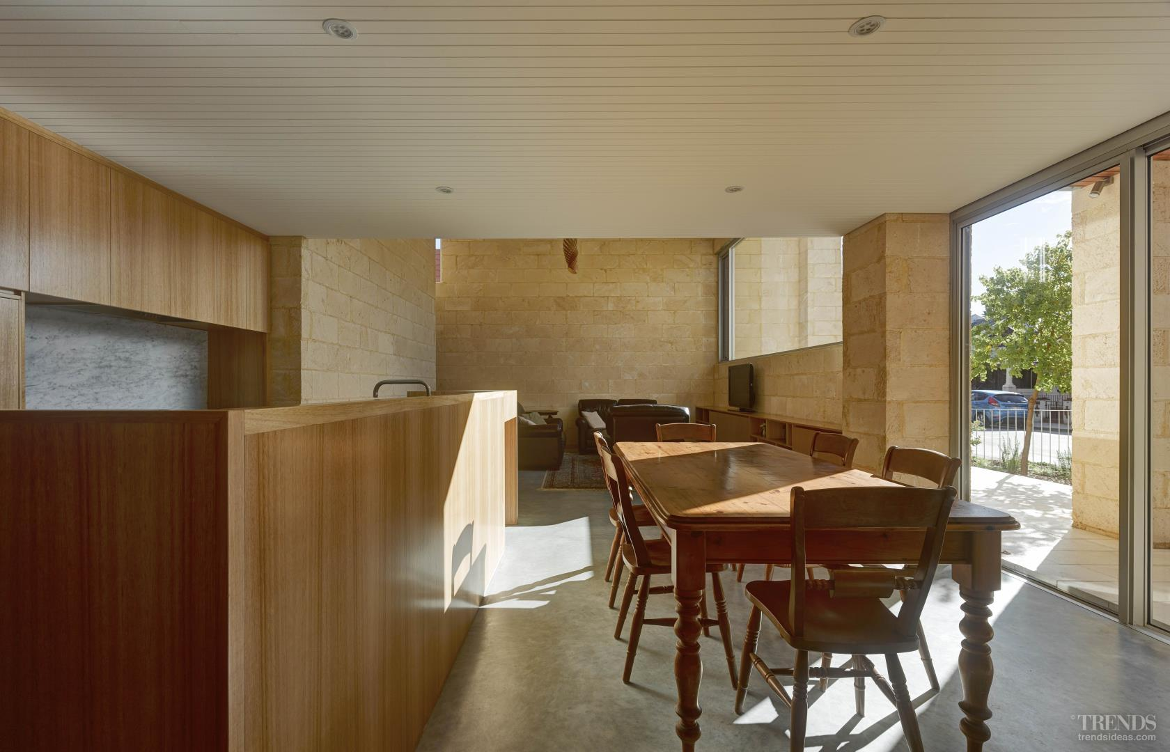 Fremantle Home Built From Raw Limestone With Tasmanian Oak