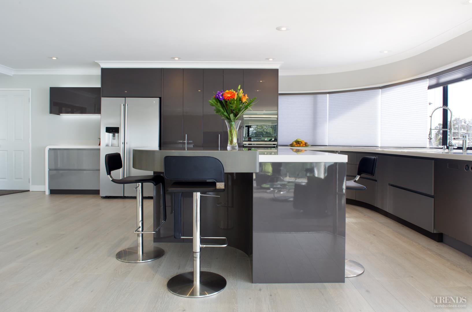 High gloss kitchens mastercraft kitchens - New Custom Designed Kitchen By Mastercraft Kitchens With Metallic Lacquered Cabinets