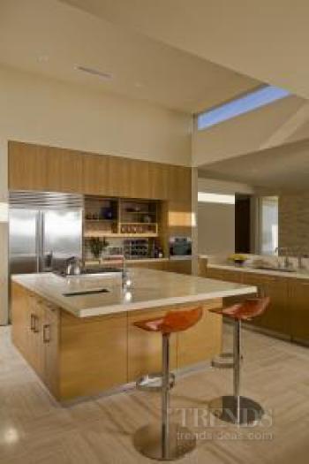 California dreaming – modern update of mid-century style home by Robert Swatt