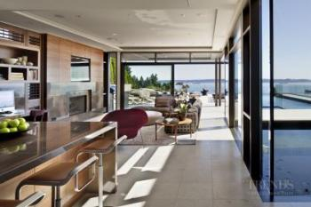 West-coast modern house offers material drama