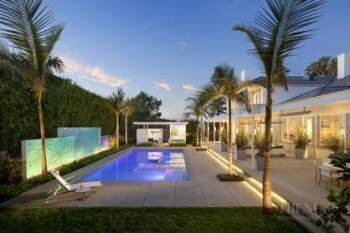 Well connected outdoor living space by interior designer Loren Judaken and landscape architect Katherine Spitz