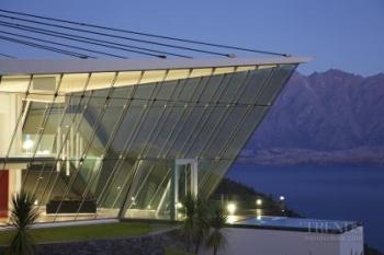 Off the edge – Queenstown glass pavilion