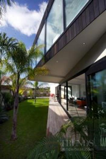 Contemporary suburban home