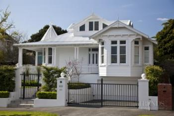 Past revisited – Traditional bungalow remodel by 505 Construction