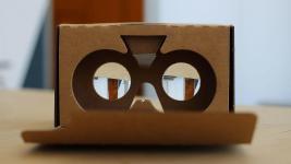 Google_Cardboard_2_(18634310535).jpg
