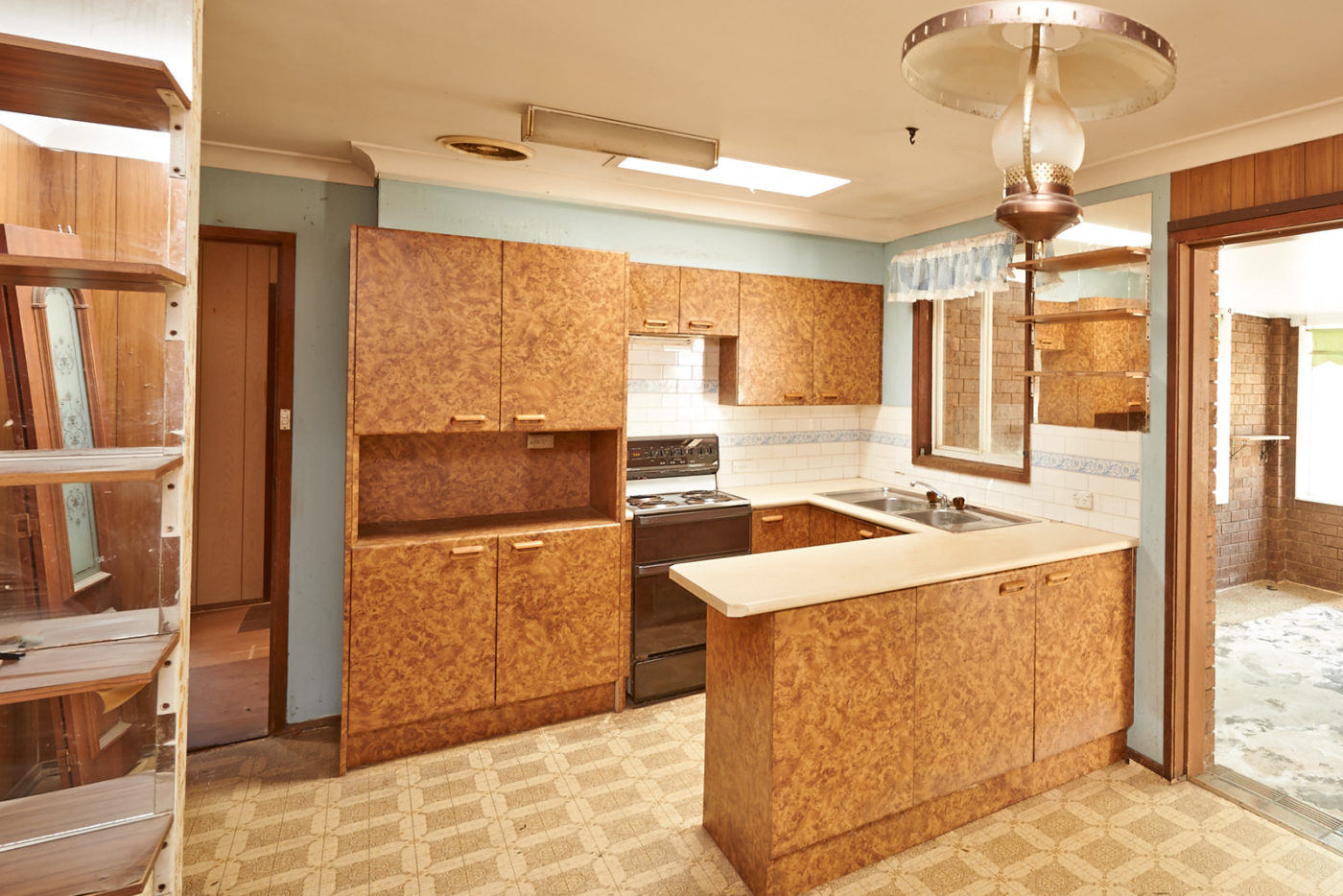 Renovating Your Kitchen On A Shoestring Budget - Renovating ...