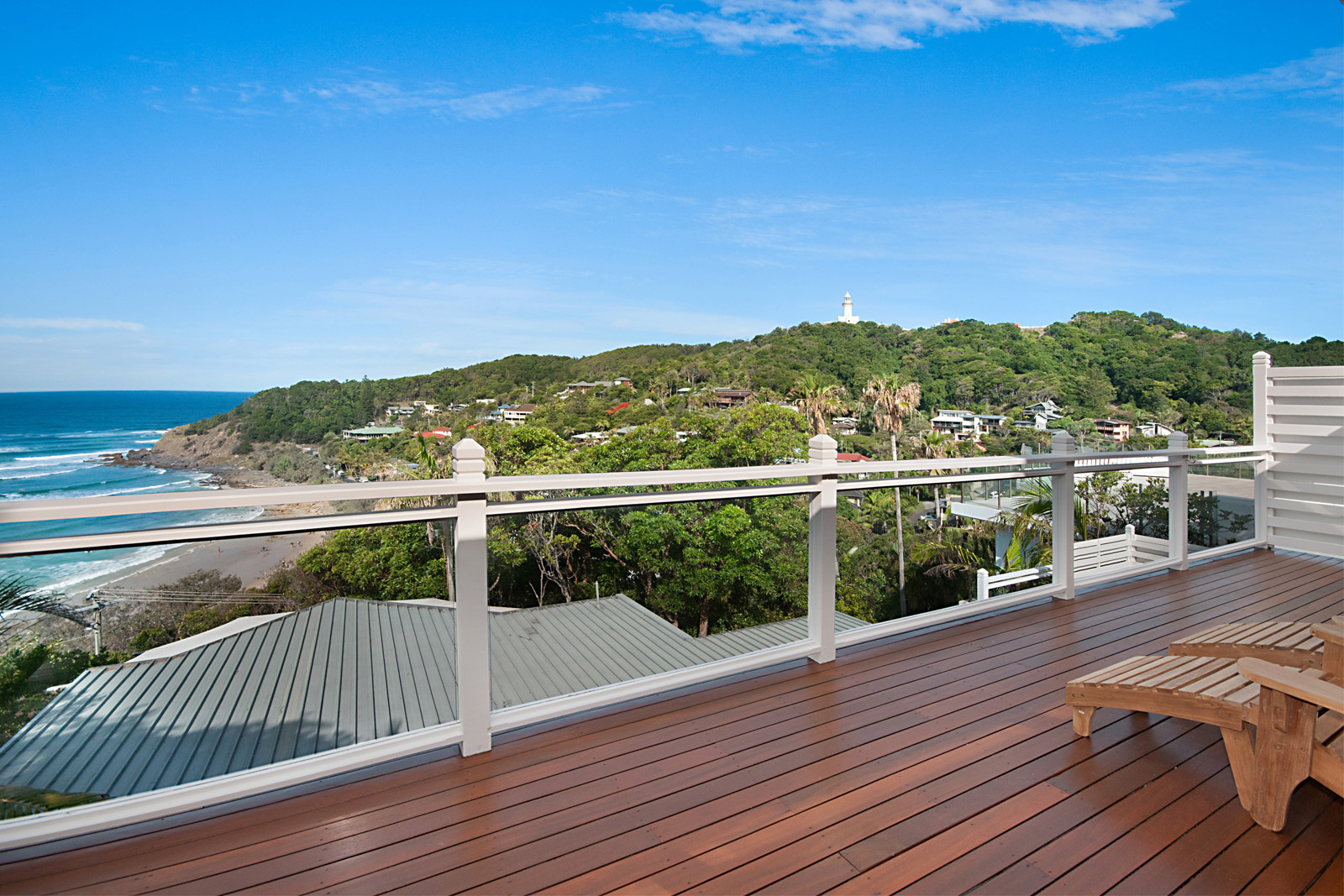 Cherie-Barber_Renovating-For-Profit_GET-THE-LOOK-Cherie-Barbers-Byron-Bay-Holiday-Home_Balcony-After