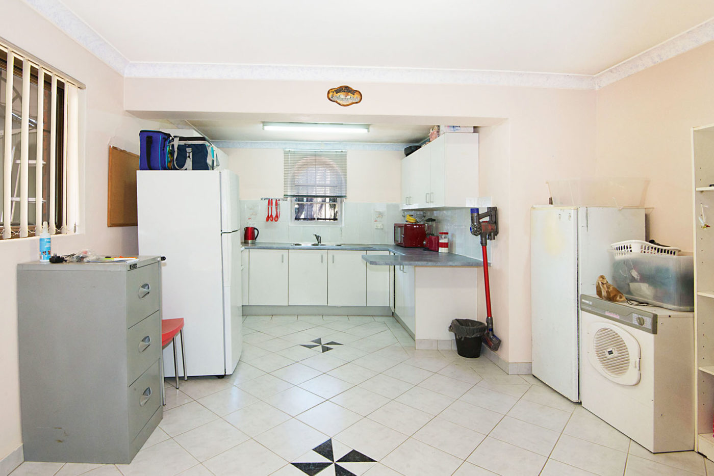 Create A Designer Kitchen In 1 Day Renovating For Profit