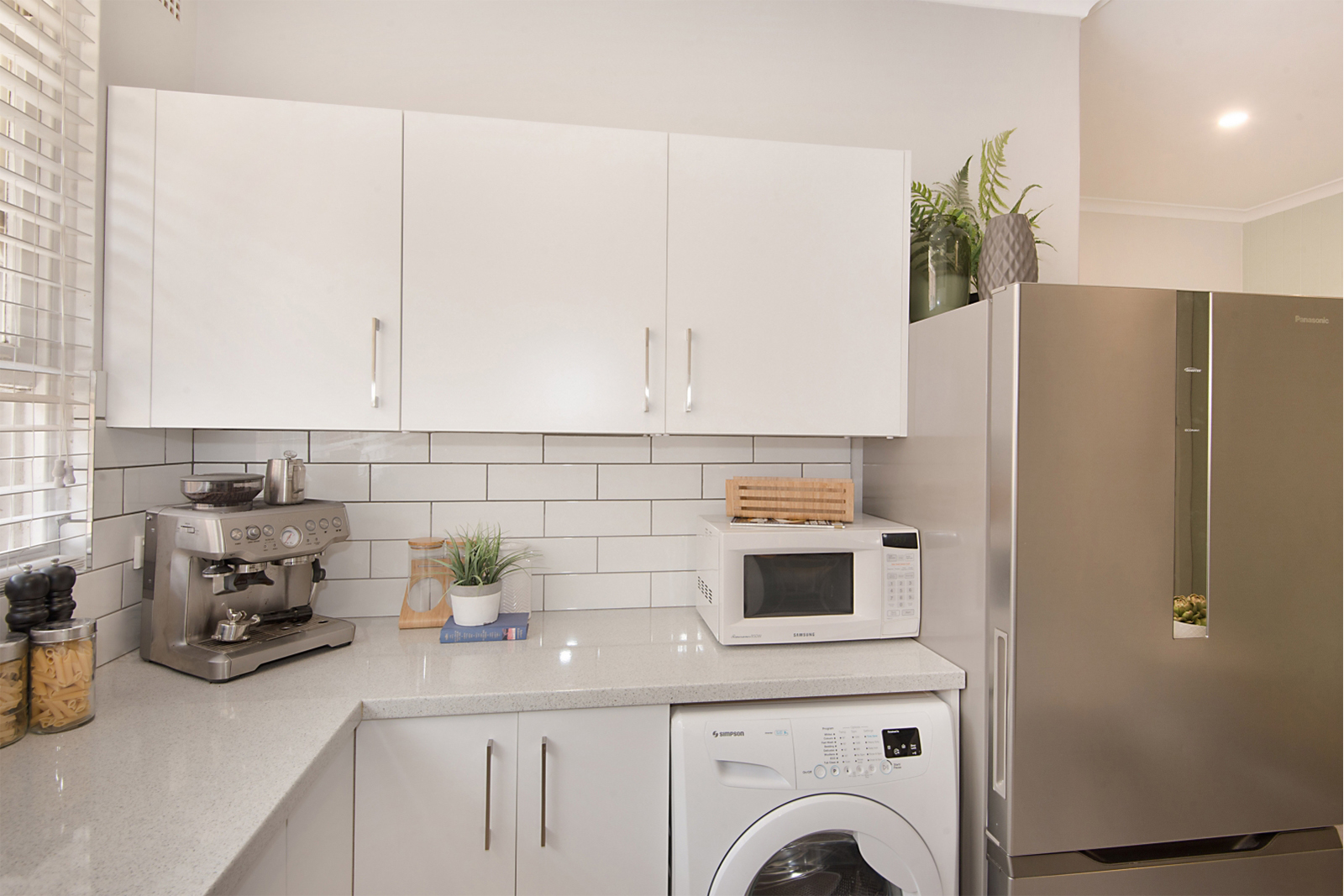 Cherie-Barber-kitchen-image-solo-1-for-Mortdale-Apartment-blog