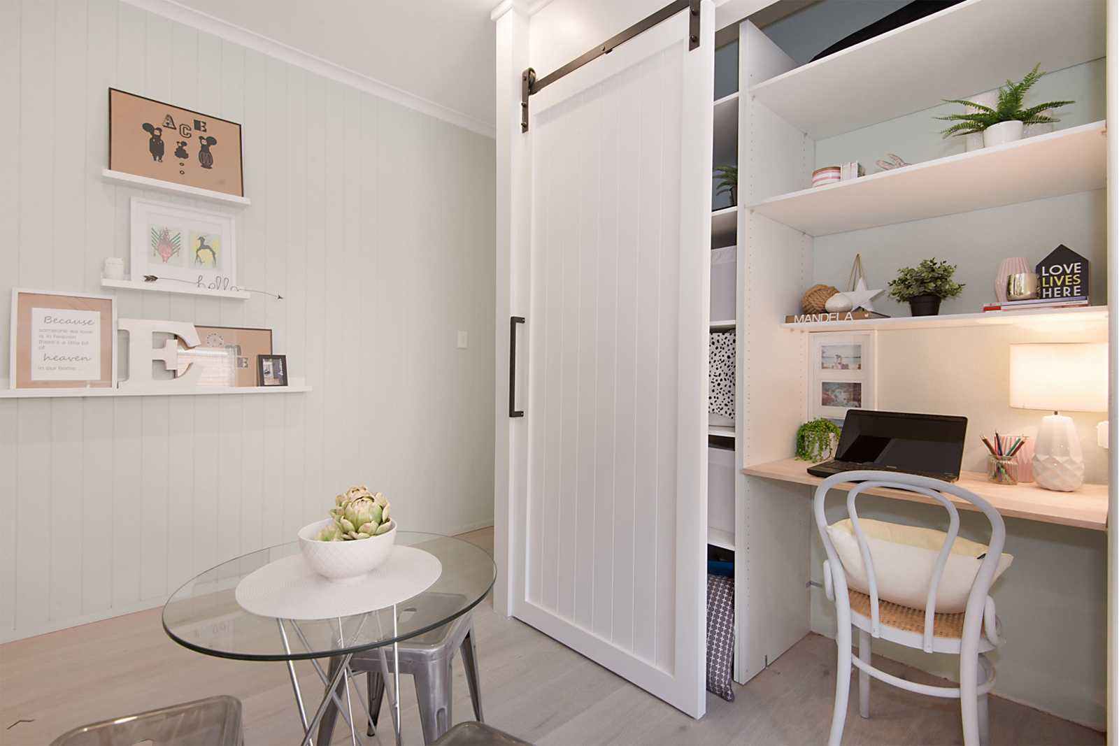 Cherie-Barber-study-styling-image-solo-1-for-Mortdale-Apartment-blog