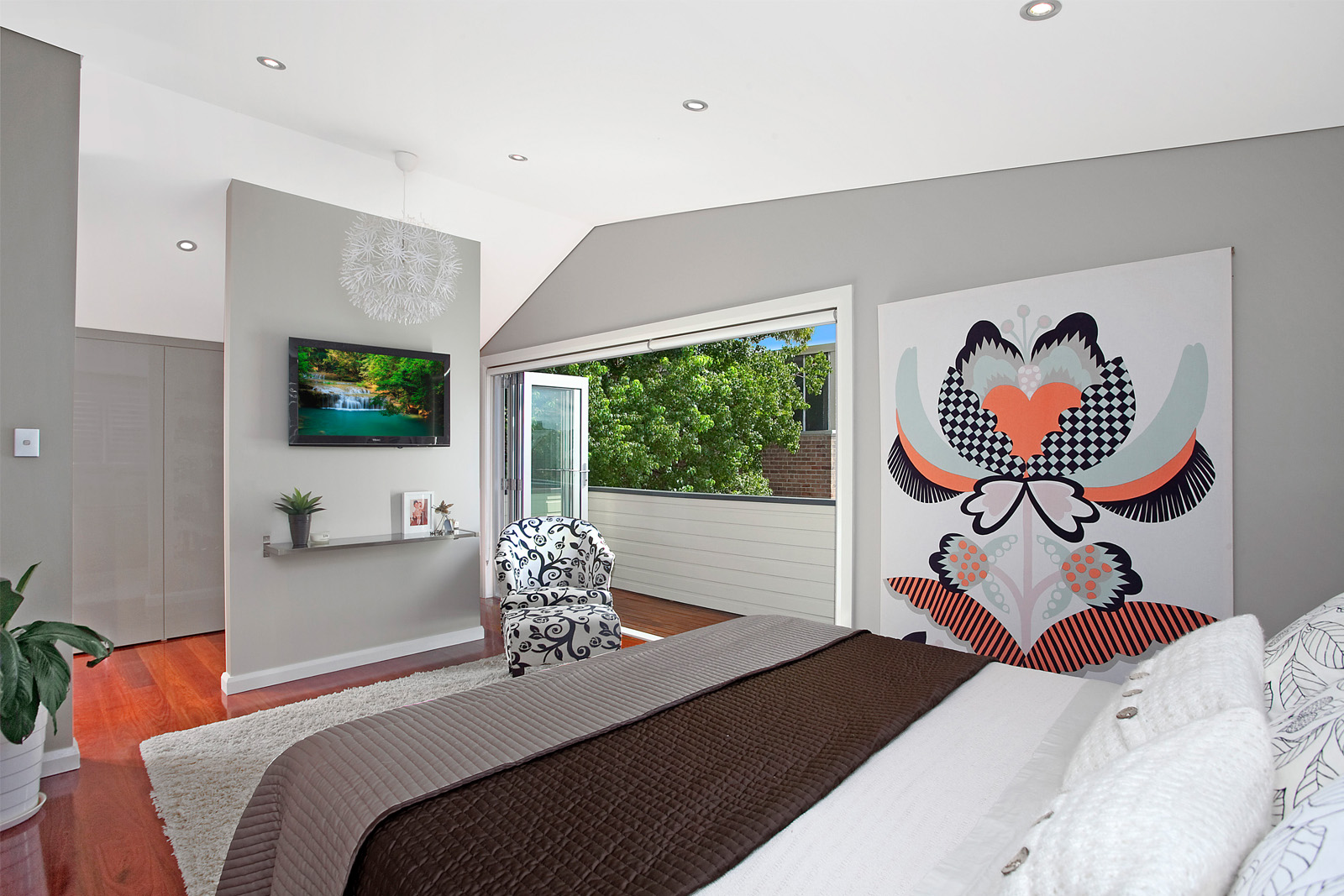 Cherie-Barber_Renovating-For-Profit_Small-Space_Mort-Street-Bedroom-After