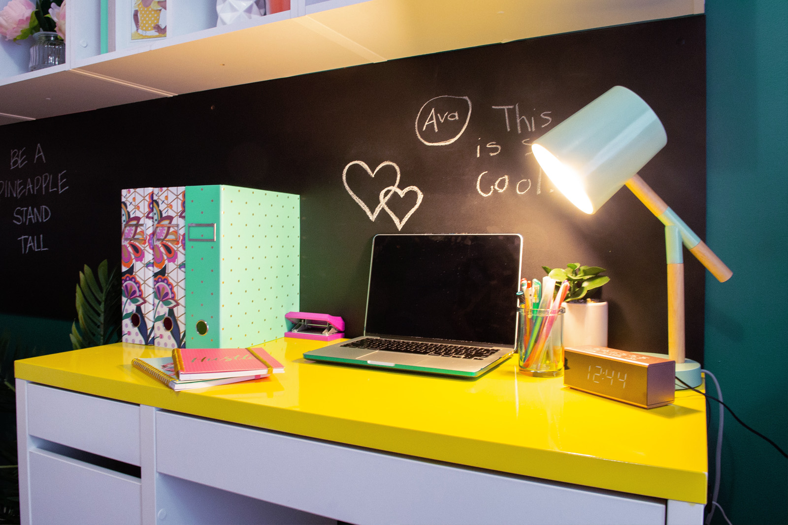 Cherie-Barber_Renovating-For-Profit_Tween-Bedroom_desk-Squirts-after