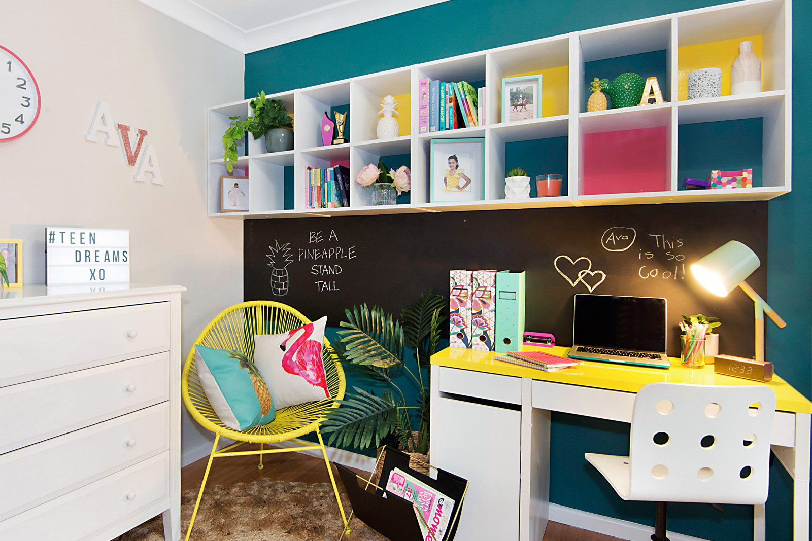 Cherie-Barber_Renovating-For-Profit_Tween-Bedroom_chalkboard-after