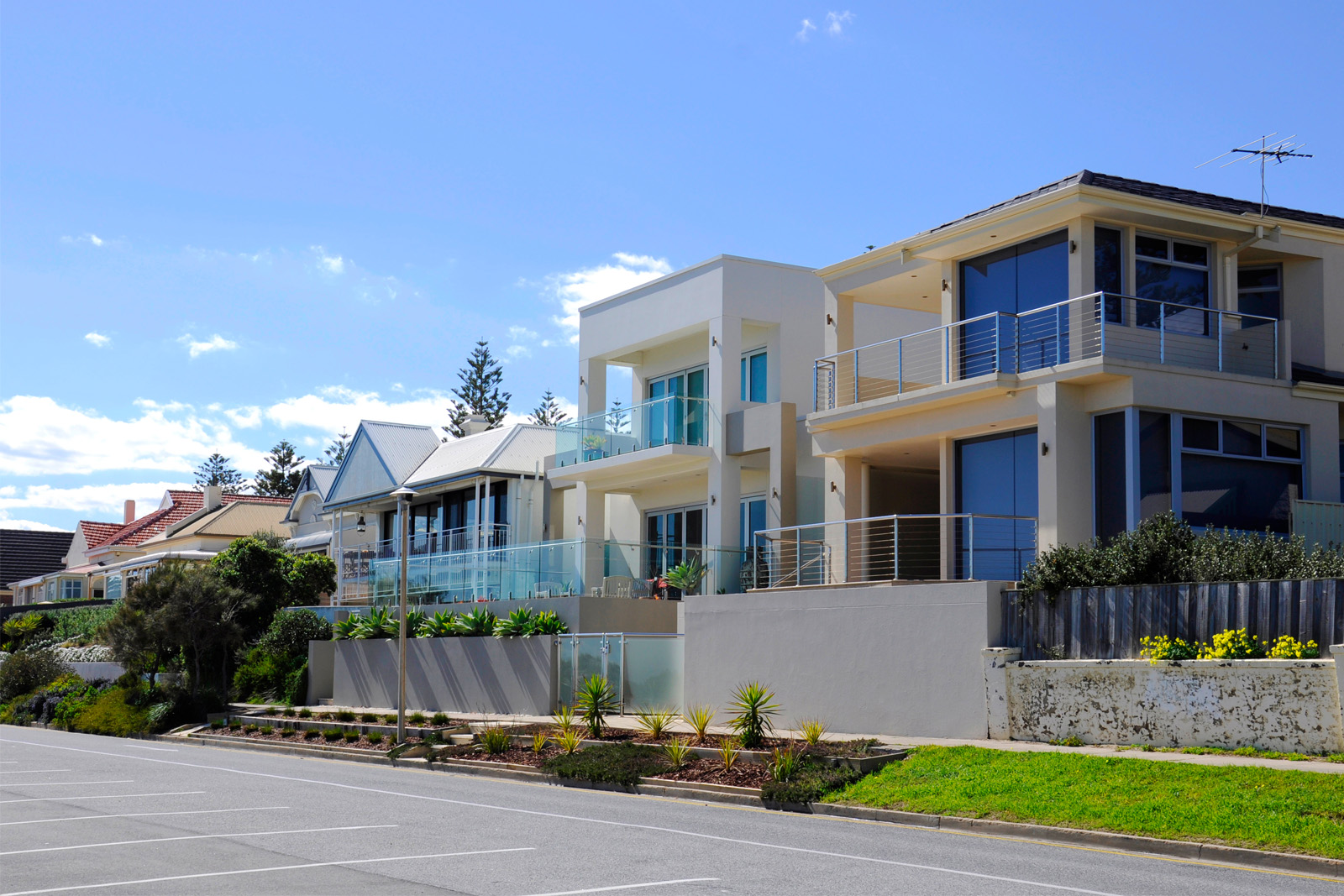 Cherie-Barber_Renovating-For-Profit_Capital-city-snapshot_ Henley-Beach-SA